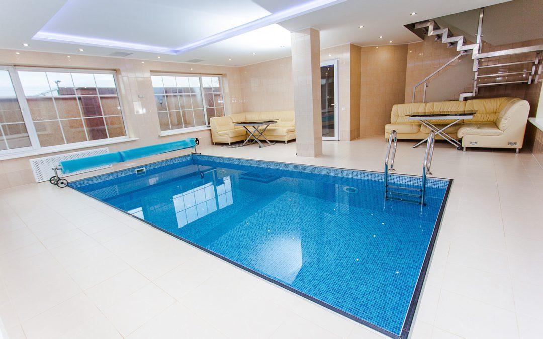 Warum Häuser mit Pool mehr hermachen