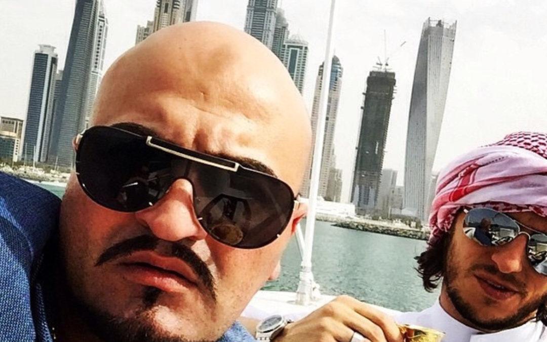 """Unternehmer """"Sheikh"""" Mende kutschiert Knast-Rapper Xatar"""