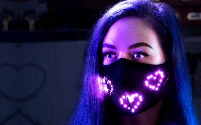 Nerdforge kreiert LED-Atemschutzmaske mit farbenfrohen Animationen
